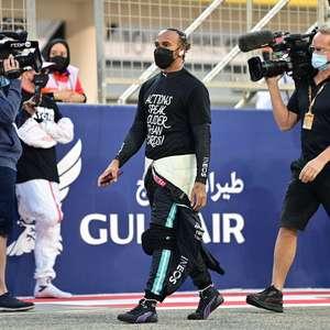 """Hamilton """"não está totalmente feliz"""" com contrato de 1 ano com Mercedes, diz ex-piloto"""