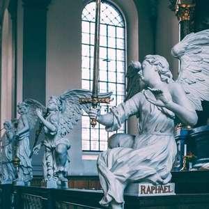 Oração dos Anjos Protetores para afastar os males