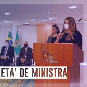 Posse de Flávia Arruda tem presença de Valdemar Costa Neto