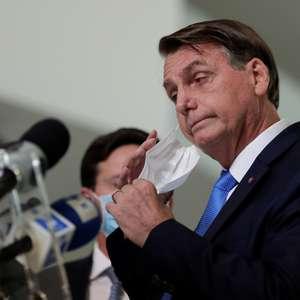 """""""Resolvo problema do vírus em minutos"""", diz Bolsonaro"""