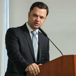 Novo ministro da Justiça escolhe delegado para comando da PF