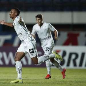 Lucas Braga pede pés no chão ao Santos mesmo com vantagem