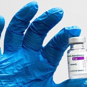 Vacina AstraZeneca/Oxford: risco de trombose é raríssimo ...