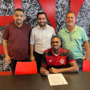 Flamengo renova com Otávio até 2023 e estipula multa ...