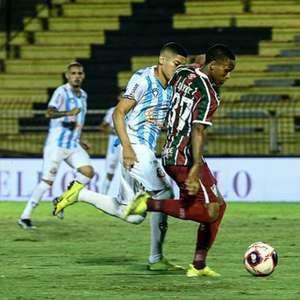 Fred brinca com Kayky após gol e o 'desafia' a assistir ...