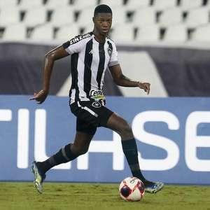Botafogo e Athletico não chegam a acordo por valores, e negociação por Matheus Babi complica