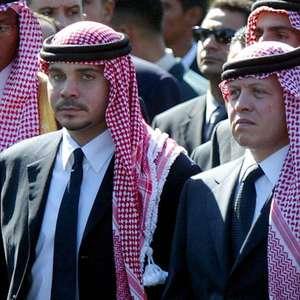 Rei da Jordânia anuncia que crise familiar está 'encerrada'