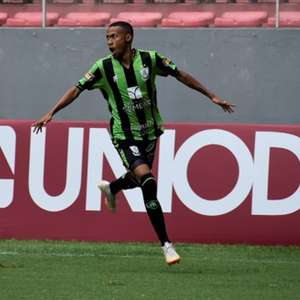 Palmeiras aumenta proposta por Ademir e ganha concorrentes
