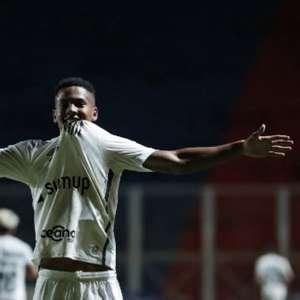 Ângelo se torna o atleta mais jovem a marcar na Libertadores