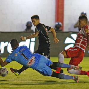 Vasco vence o Tombense fora e avança na Copa do Brasil