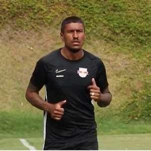 Jornalista indica porque Paulinho está treinando no Bragantino para manter forma física
