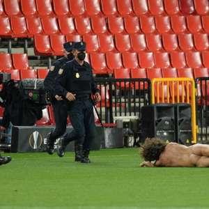 Internautas comparam invasor de jogo da Liga Europa com ...