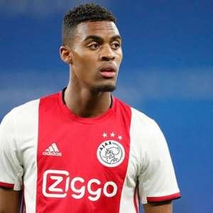 Liverpool e Chelsea batalham por jovem promessa do Ajax