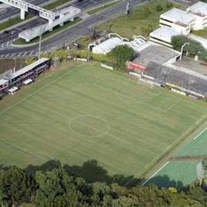 Estádio que recebeu as seleções de Nigéria e Rússia para ...