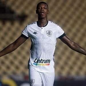 Porcentagem de venda futura é o que separa Matheus Babi, do Botafogo, de ida ao Athletico