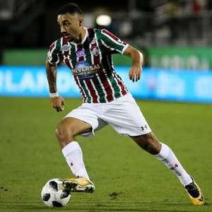 Emprestado a time de Bangladesh, Robinho estende contrato com o Fluminense até outubro