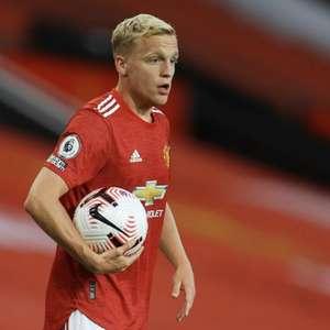 United cogita troca entre Van de Beek e Rabiot com a ...