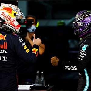 """Verstappen diz que Hamilton merece crédito: """"Um dos ..."""
