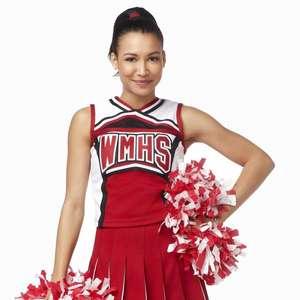 Elenco de Glee se reencontra em homenagem à Naya Rivera