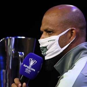 Felipe Melo nega rivalidade entre Palmeiras e Flamengo