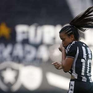 Vivian fala sobre estreia do Botafogo no Brasileirão: ...