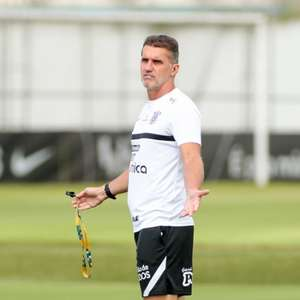 Após duas semanas de treino, Mancini espera Corinthians ...