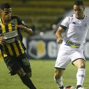 Volta Redonda e Botafogo empatam por 2 a 2 pelo Carioca