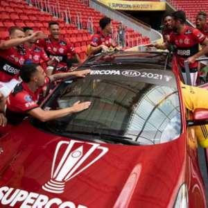 Eleito o melhor jogador da Supercopa, Arrascaeta é premiado com carro de R$ 200 mil