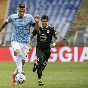 Três grandes clubes têm interesse em meio-campista da Lazio