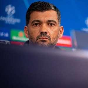 Treinador do Porto, Sérgio Conceição discute decisão ...