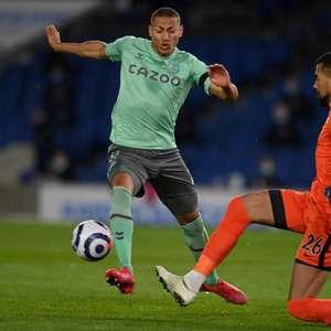 Com atuação apagada de Richarlison, Everton empata sem ...
