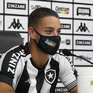 Felipe Ferreira projeta duelo do Botafogo contra o ABC: 'Fazer um grande jogo e trazer a classificação'