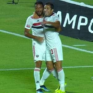 Com gol contra, São Paulo vence o Bragantino no Morumbi