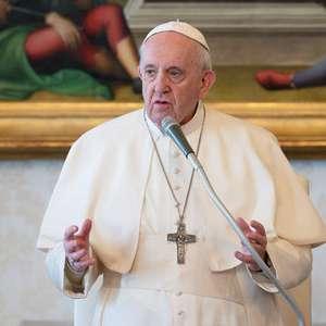 Papa remove bispo acusado de encobrir abuso nos EUA