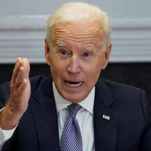 Em telefonema, Biden manifesta a Putin preocupação com ...
