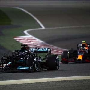 """Mercedes foca em reduzir diferença para Red Bull: """"É um ..."""