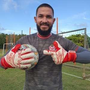 Marcão chega a 50 jogos pelo Sergipe, comemora marca e ...