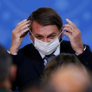"""Bolsonaro diz que aguarda """"sinalização do povo"""" para agir"""