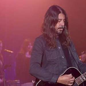 Dave Grohl convida superestrelas do rock para documentário