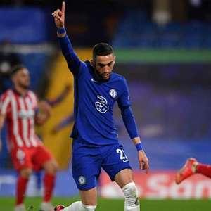 Chelsea estuda oferecer Ziyech em negociação por Koundé, ...