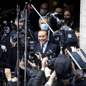 Tribunal adia sentença contra Berlusconi pela 6ª vez