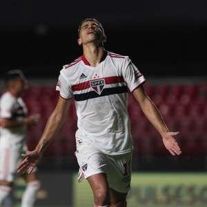 Vitor Bueno explica nova função no São Paulo e elogia treinos de Crespo