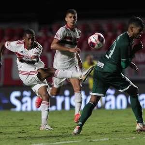 Após estrear como titular em vitória do São Paulo, ...