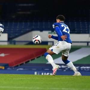 Em jogo movimentado, Everton e Tottenham empatam no Inglês