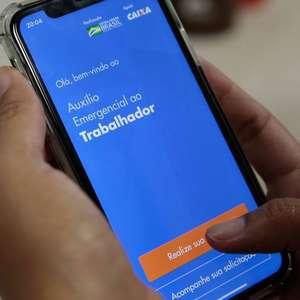 Auxílio começa a ser pago a inscritos no Bolsa Família