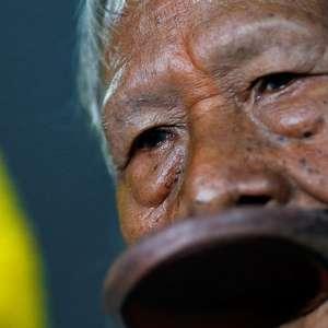 Cacique Raoni pede que Biden ignore Bolsonaro em meio a ...