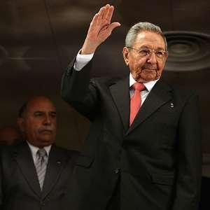 Raúl Castro confirma que deixa a liderança do Partido ...