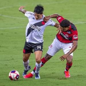 Vasco encerra jejum, vence o Flamengo e segue vivo no ...