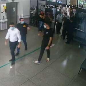 Governo de SP acusa deputados de invasão a hospital