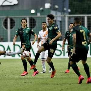 América-MG vence o Coimbra, fica perto das semifinais e ...